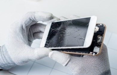 Odzyskiwanie danych z uszkodzonego telefonu